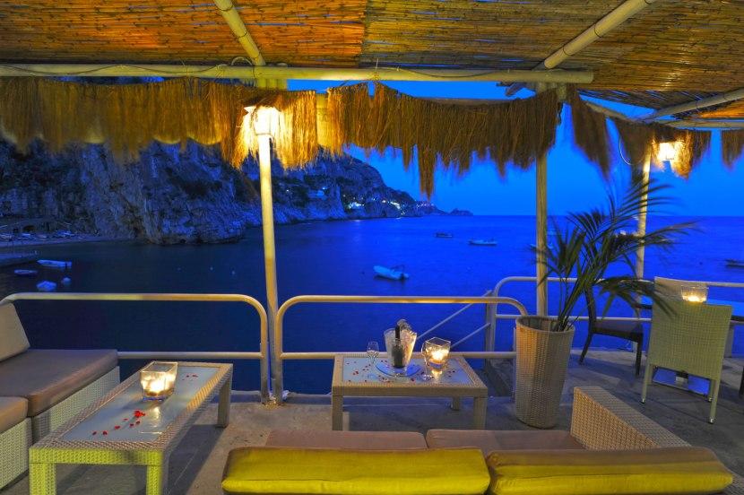 lounge_bar_terrace2_il_pirata_restaurant_marina_di_praia_praiano_amalfi_coast1