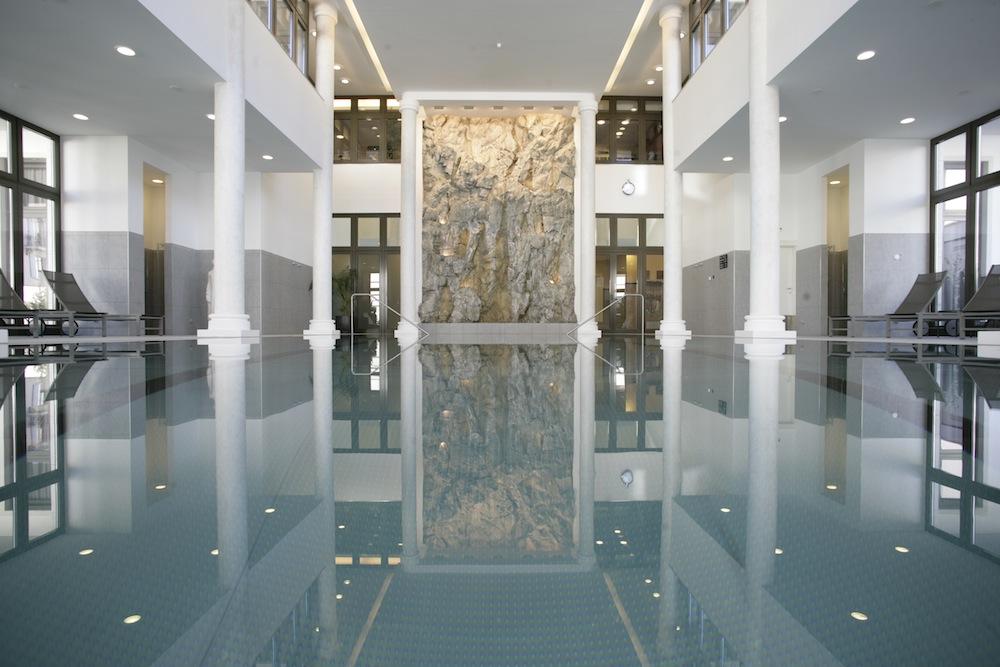 Kempinski grand h tel des bains theshowear for Restaurant grand hotel des bains