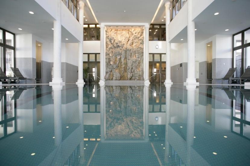 Kempinski-Grand-Hotel-des-Bains-St-Moritz-Pool1